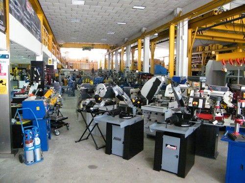 Foto 4 de Leçafer - Imp. e Comércio de Maquinas e Ferramentas. SA