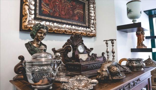 Foto 4 de Vasco lopes - Numismatica e Antiguidades, lda COMPRA E VENDA (AVALIADOR OFICIAL)