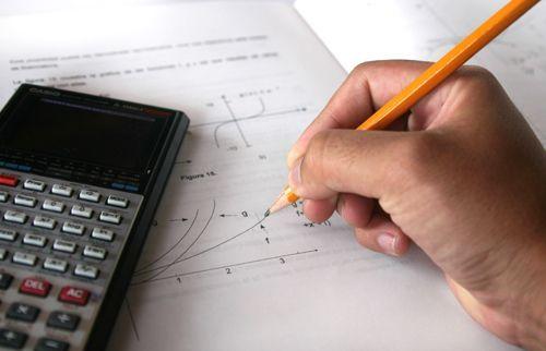 Foto 1 de Explicações Matemática e Física ao domicílio