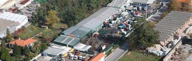 Foto 1 de Manaiacar, Armazém de Peças - Reutilização de Peças para Camiões, Lda