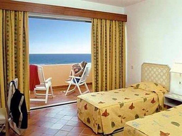 Foto 3 de Dom Pedro Meia Praia Beach Club - Hotel