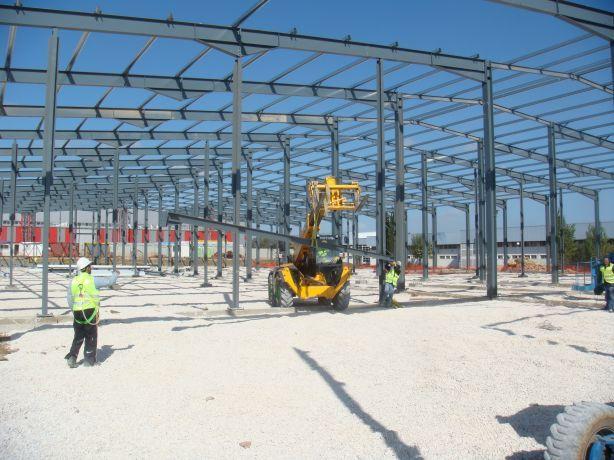 Foto 1 de COMEF - Construções Metálicas da Feira, Lda.