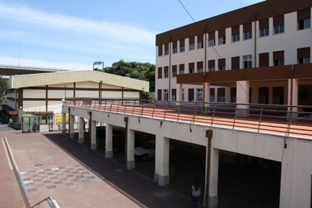 Foto de Escola Básica e Secundária de Santa Cruz