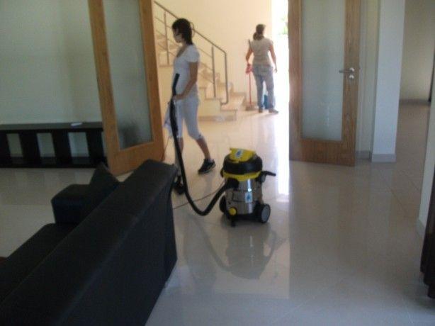 Foto 4 de Bom Dia Limpezas-Serviços de limpezas e Manutenção Low Cost