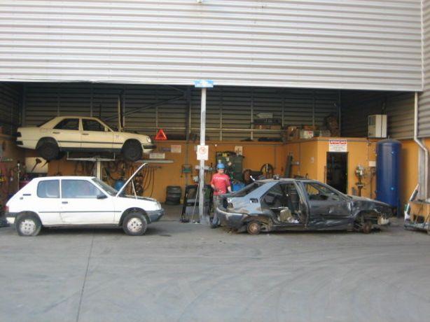 Foto 3 de Sucatas Pinto - Centro de Abate de Veículos